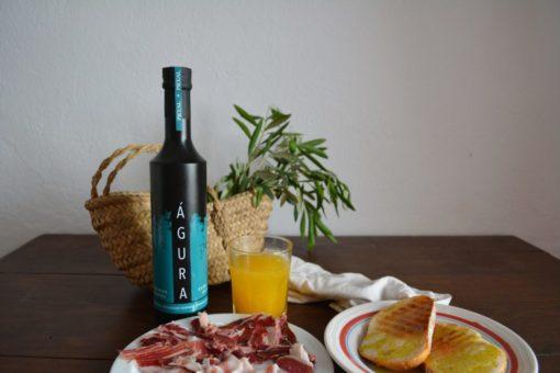desayuno mediterraneo jamón y aceite