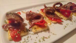 Receta gourmet de anchoas con aceite